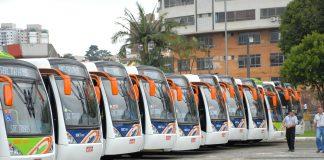 O Consórcio Intermunicipal Grande ABC decidiu ontem, 18, suspender por tempo indeterminado a circulação de ônibus municipais, a partir do dia 29 de março.