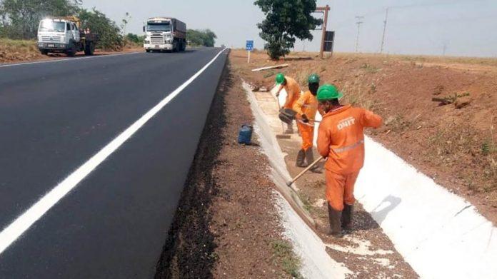 A conclusão da pavimentação daBR-163/PA acelerou o escoamento de soja no início da colheita da oleaginosa nesta safra 2019-20.