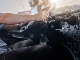 Caminhoneiro receberá horas extras baseadas nos relatórios do rastreamento do caminhão via satélite em reclamação trabalhista.