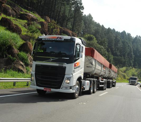 O Programa Volvo de Segurança no Trânsito (PVST) realizará no dia 29 de setembro um painel online com especialistas em segurança