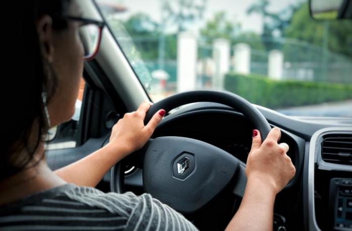 A Seguradora Líder, responsável por administrar o DPVAT, divulgou um relatório especial que comprova que as mulheres são mais cautelosas no trânsito.
