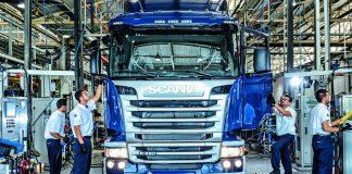 As fábricas de caminhões daScania, em São Paulo, e daVolkswagen, no Rio de Janeiro, tiveram as linhas de produção reativadas nesta segunda-feira, 27
