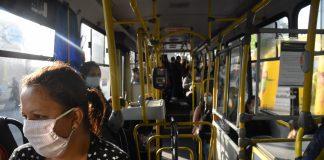 O uso de máscara será obrigatório no transporte público de São Paulo. De acordo com anuncio do prefeito Bruno Covas, e do Governador João Dória