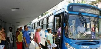 A partir de hoje, 27, quem não estiver usando máscaras de proteção não poderá utilizar o transporte público de Salvador. Dessa forma, a medida