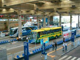 De acordo com estimativa da Abrati, associação que reúne as companhias do setor, quase metade das empresas de ônibus não conseguirão voltar a operar