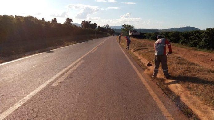O governador Romeu Zema (Novo) anunciou, nesta terça-feira (25), obras emoito estradas de Minas Gerais. De acordo com o político