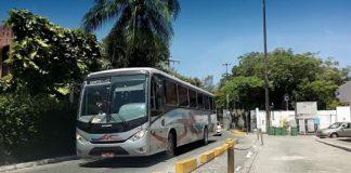 O governo da Bahia suspendeu o transporte intermunicipal em mais 21 cidades do estado. Assim, um novo decreto determina o fechamento das rodoviárias de