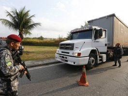 As ocorrências de roubo de carga nasestradas federais do Brasil recuaram 27,1% em agosto de 2020. Em agosto desse ano foram registrados 59 casos,