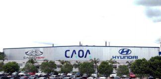A CAOA retomou na última segunda-feira (22) a produção na fábrica de Anápolis (GO). As atividades presenciais haviam sido interrompidas