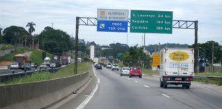 A Rodovia Régis Bittencourt (BR-116) terá ajuste nas tarifas de pedágio. Dessa forma, transitar pela via que liga as cidades de São Paulo