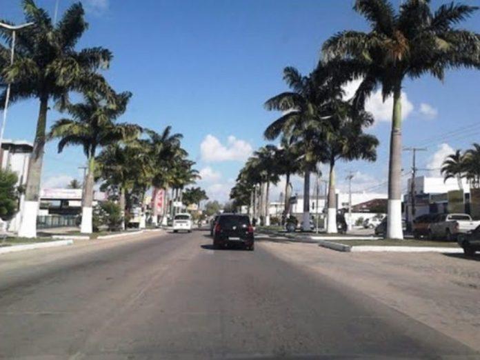 para fazer estudos afim de estruturar um projeto de concessão à iniciativa privada de 272 quilômetros de estradas estaduais, informou a instituição de fomento.