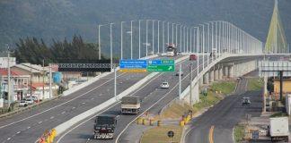 Começaram a ser instalados os novos radares fixos nas rodovias federais de Santa Catarina. Dessa forma, os equipamentos estão de volta