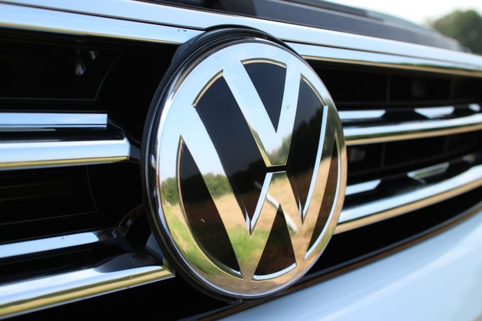 A Volkswagen Caminhões e Ônibus vai fornecer 1.350 caminhões ao Grupo Vamos, braço da Simpar voltado para locações e vendas de veículos comerciais pesados