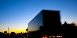 Na Madrugada de hoje a CCR Autoban realizou uma campanha educativa com caminhoneiros com tema 'sono e direção'. Dessa forma,