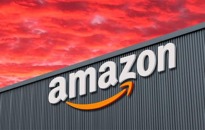 A Amazon anunciou na última quinta-feira a inauguração de seu quinto e maior centro logístico no Brasil. Dessa forma, a empresa explora
