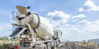 A indústria de construção civil está em recuperação, com melhora nos índices de atividade e do número de empregados. A afirmação está de acordo com