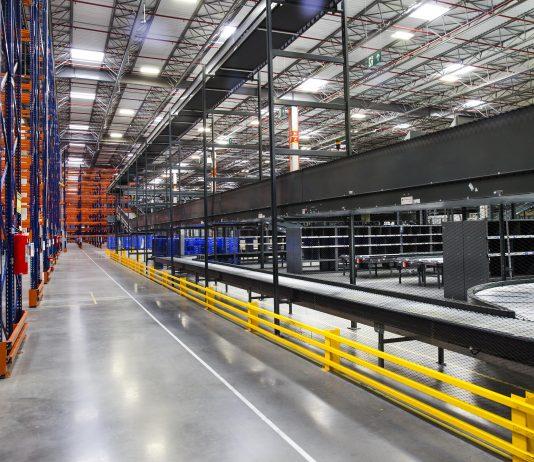 A FedEx Express, subsidiária da FedEx Corp., anunciou a abertura de um novo Centro de Logística localizado em Cajamar (SP). Dessa forma, a estrutura