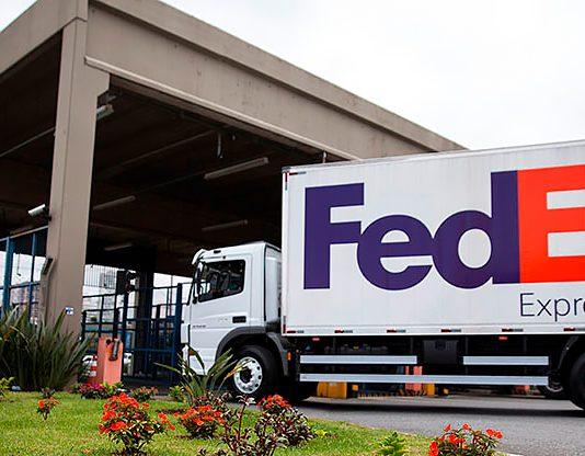 A FedEx Express, acaba de receber na operação brasileira os seus primeiros caminhões cujos baús contêm blindagem elétrica. Além disso,