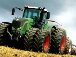 . No entanto, apesar do resultado positivo em quase 10% no aumento das vendas em geral, o setor de tratores e máquinas agrícolas tem preocupado pela falta