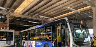 O vice-governador Rodrigo Garcia e o secretário dos Transportes Metropolitanos, Alexandre Baldy, apresentaram nesta quarta-feira (28) os ônibus antivirais.