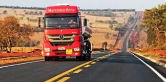 O governo estadual de Mato Grosso do Sul executa 374 km de pavimentação e restauração de rodovias estaduais. Além disso, foi aberto procedimento