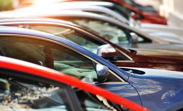 De acordo com dados da Federação Nacional da Distribuição de Veículos Automotores divulgados hoje, 4, a venda de veículos aumentou 6,73% em abril.