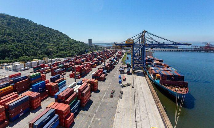 Ainda pouco utilizada para o escoamento de cargas agrícolas no Brasil, a cabotagem pode se consolidar no país a partir daaprovação do projeto de lei 4199/20,