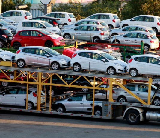 A FENABRAVE – Federação Nacional da Distribuição de Veículos Automotores divulgou, nesta quarta-feira, 2 de dezembro, que os emplacamentos