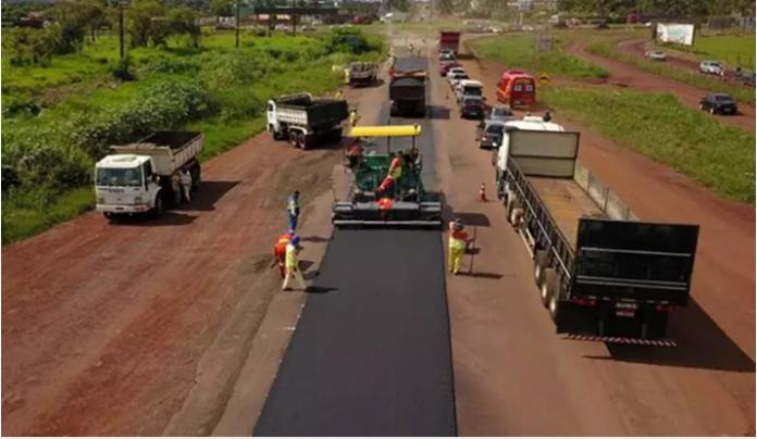 O governador Reinaldo Azambuja (PSDB) inicia nesta quinta-feira (14) os procedimentos para a execução de pacote de 11 obras de pavimentação