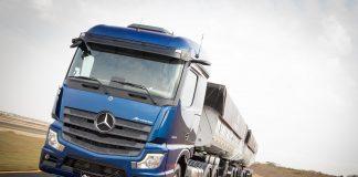 ARodobens acaba de incrementar sua frota com 30 novos caminhões Mercedes-Benz. Dessa forma, a transportadora especializada em varejo