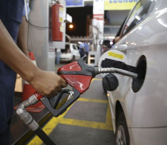 O preço médio da gasolina está 12% mais caro para os consumidores nos primeiros dias de outubro, aponta o Índice de Preços Ticket Log (IPTL).