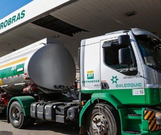 O diesel voltou a subir nesta semana, de acordo com levantamento da Agência Nacional do Petróleo (ANP). Essa foi a quarta alta semanal do combustível mais
