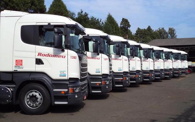 A JSL informou nesta quarta-feira, 24, que fechou contrato para aquisição da Transportadora Rodomeu Ltda e Unileste Transportes Ltda