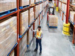 As vendas do comércio varejista caíram 0,2% em janeiro na comparação com dezembro. No último mês de 2020, a queda havia sido de 6,2%,
