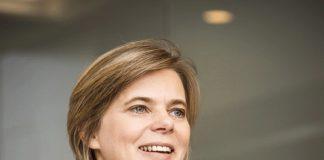 A alemã Hilke Janssen é a nova presidente e CEO do Banco Mercedes-Benz. A companhia anunciou a mudança ontem, 8, no Dia Internacional da Mulher. C