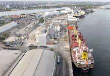 O Porto do Recife registrou uma alta de 30% na movimentação de cargas no mês de fevereiro ante o mesmo período de 2020.