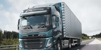 O novo FM daVolvo Trucks acaba de vencer o Red Dot Award 2021, na Europa. Assim, o caminhão da montadora sueca foi contemplado na categoria Design