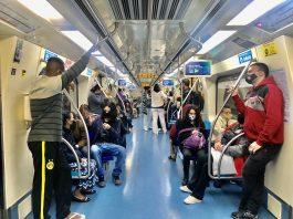 Quatro linhas do Metrô de São Paulo estão operando parcialmente na manhã desta quarta-feira, 19, por causa de uma greve dos metroviários.