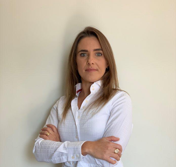 Iveco anuncia nova gerente de Planejamento e Demanda para a América do Sul, Cynthia Peixoto. A executiva entra como reforço no time de suporte ao cliente.