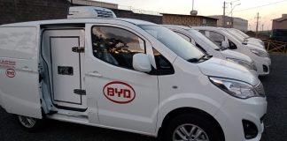 A BYD acaba de lançar a versão refrigerada do Furgão BYD eT3, 100% elétrico. Com isso, o veículo conta com a tecnologia através de um processo alimentado