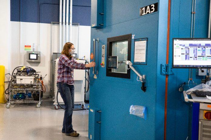 A Ford anunciou a criação de um novo centro global de excelência em baterias, o Ford Ion Park, em Michigan, nos EUA. Assim, a montador