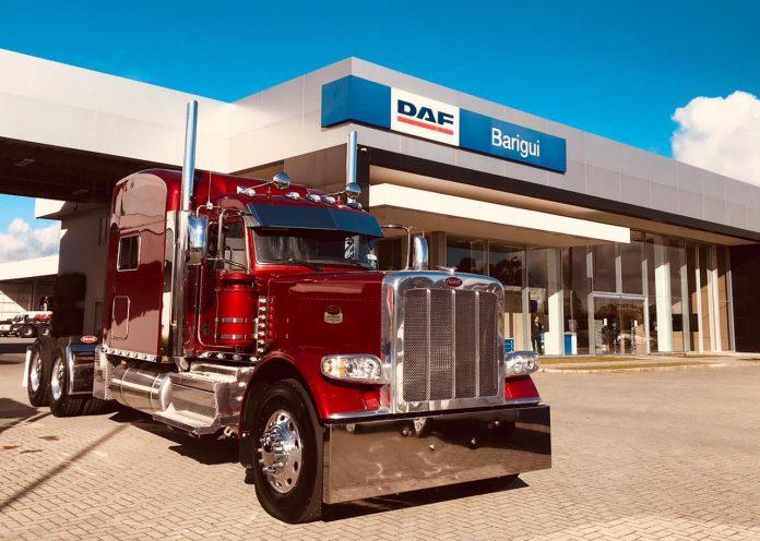 Um lote com 10 caminhões Peterbilt 389 é entregue pela Barigui Caminhões a colecionadores brasileiros de SP, MG, RS e SC.