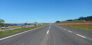 Governo de Santa Catarina e o Departamento Nacional de Infraestrutura de Transportes (DNIT) divergem sobre quais trechos da BR-470 devem ser priorizados.