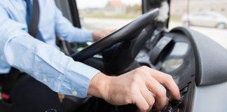 Motoristas, cobradores e outros profissionais que atuam no transporte coletivo rodoviário de passageiros poderão ser vacinados contra a covid-19 em todo