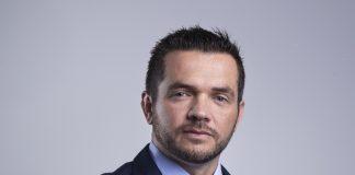 Ambipar anuncia Dennys Spencer como novo COO (Chief Operating Officer). O executivo iniciou a carreira na empresa em 2008.