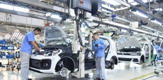 A partir de hoje, 12, a Volkswagen suspende as atividades da sua fábrica de Taubaté (SP) por 20 dias. Dessa forma, dando férias coletivas para 2,2 mil funcionários.