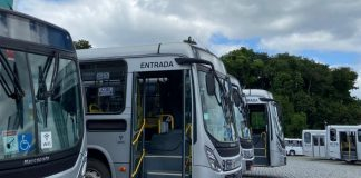 O transporte coletivo de Blumenau foi paralisado na madrugada desta terça-feira, 3. OSindicato dos Empregados do Transporte Coletivo de Blumenau