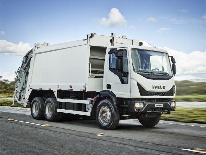 A Iveco aproveitou o lançamento do novo Tector Auto-Shift Coletor, para comemorar o bom momento vivido pela empresa no país. Em 2020, a montadora instalada