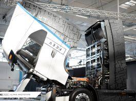 A IVECO e da Nikola Corporation acabam de inaugurar, na Alemanha, as instalações da fábrica dedicada à produção de caminhões elétricos pesados Nikola Tre.