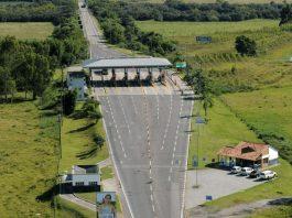 A justiça determinou uma redução das tarifas de pedágio das rodovias BR-116 e BR-392 (Polo Rodoviário de Pelotas), no Rio Grande do Sul.